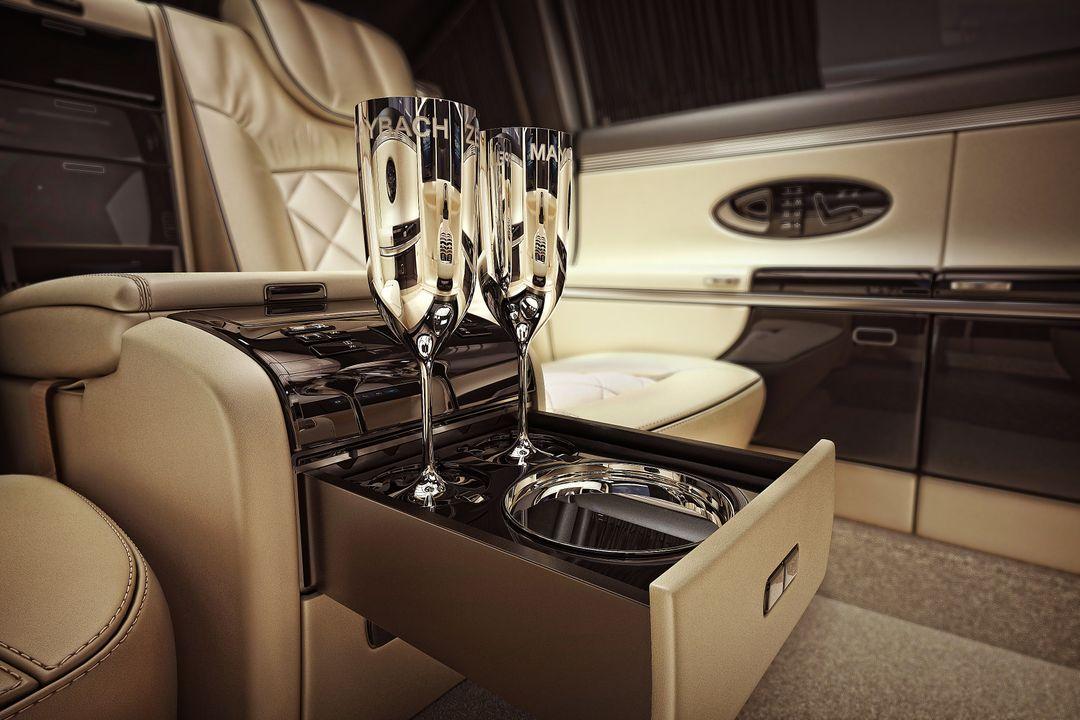 Automotive 3D Modeling Maybach 02 e jpg